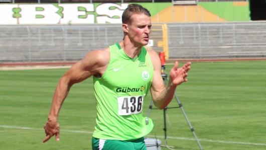Ein letztes Mal sprintet Sven Knipphals im VfL-Stadion am Elsterweg, wo einst seine Karriere begann.