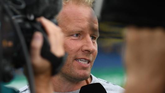 Braunschweigs Trainer Henrik Pedersen musste sich in der Vergangenheit vielen Fragen stellen (Archivbild).