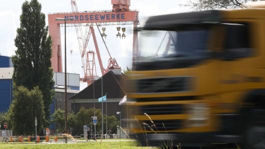 ThyssenKrupp Marine Systems wird den niedersächsischen Standort Emden schließen. Die Nachricht kam einen Tag nach der Konzern-Ankündigung, 1000 Arbeitsplätze in den nächsten drei Jahren in Deutschland abzubauen.