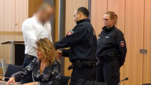 Der Angeklagte im Gericht: Er wurde heute wegen versuchten Totschlags verurteilt.