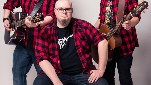 Die Anderson präsentieren akustischen Comedy-Rock auf dem Honky Tonk.