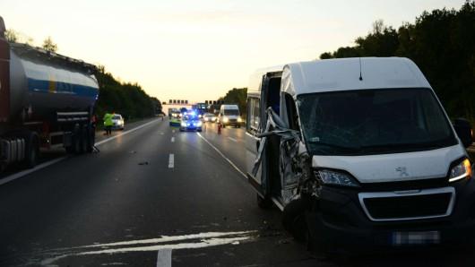 Auf der A2 hat es am Morgen in Richtung Hannover einen Unfall gegeben.
