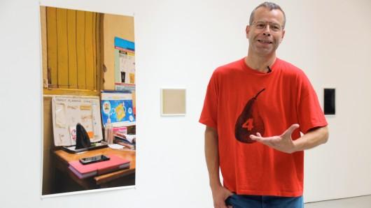 Der Fotograf Wolfgang Tillmans Mitte September in seiner neuen Ausstellung in der Galerie David Zwirner in New York. Am heutigen Samstag erhält der 50-Jährige den Goslarer Kaiserring 2018.