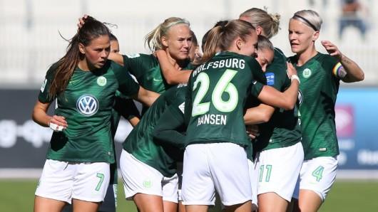Schier grenzenloser Jubel bei den VfL-Frauen: Im Bundesliga-Spitzenspiel haben sie den FC Bayern München mit 6:0 (2:0) deklassiert.