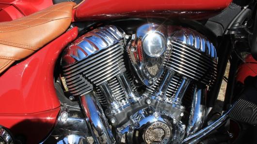 Drei Motorräder im Gesamtwert von rund 45.000 Euro haben Unbekannte in der Nacht zum Sonntag aus einem Geschäft in Goslar gestohlen.