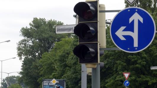 Am 4. und 5. Oktober können Autofahrer nicht mehr Links in den Hofekamp abbiegen (Symbolbild).