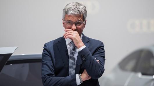 Er dürfte die Nase voll haben: Seit dreieinhalb Monaten sitzt Ex-Audi-Chef und VW-Vorstand Rupert Stadler in Haft, nun ist er auch noch seine millionenschweren Jobs los (Archivfoto).