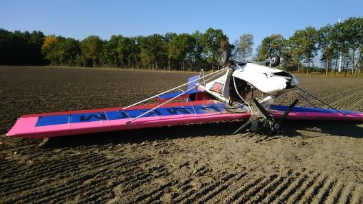 Der 82-Jährige Pilot musste ins Krankenhaus eingeliefert werden.