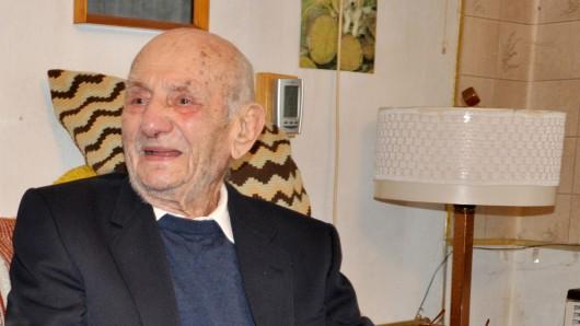 Gustav Gerneth feiert am heutigen Montag, 15. Oktober, seinen 113. Geburtstag. Er sei gesund und geistig fit, schildert der Bürgermeister seiner Heimatstadt Havelberg (Archivfoto aus dem Jahr 2015).