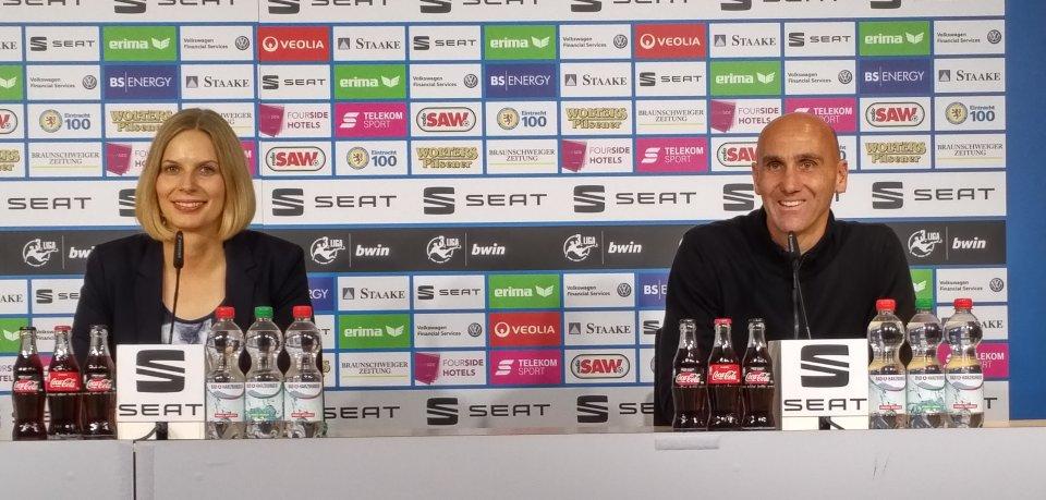Trainer André Schubert hat schon festgestellt, dass Braunschweig die Eintracht lebt.