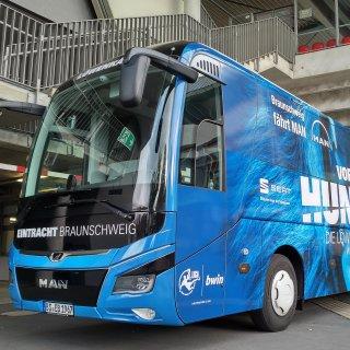 Mit diesem Bus ist Eintracht Braunschweig seit 2018 unterwegs.