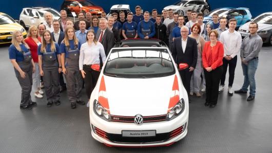 """Die Teams des Wörthersee GTI 2018 und des Folgeprojekts 2019 haben die Sonderschau """"Kult und Power"""" im Automuseum  eröffnet."""