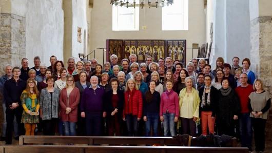 Der Philharmonische Chor Sine nomine aus Braunschweig bereitet sich auf zwei Konzerte in Braunschweig und Helmstedt vor.