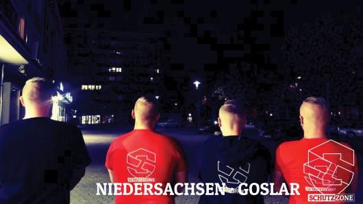 Unter anderem dieses Foto haben die Rechten bei Facebook gepostet - wie in Salzgitter tragen die selbsternannten Schützer rote und schwarze T-Shirts mit Aufdruck.