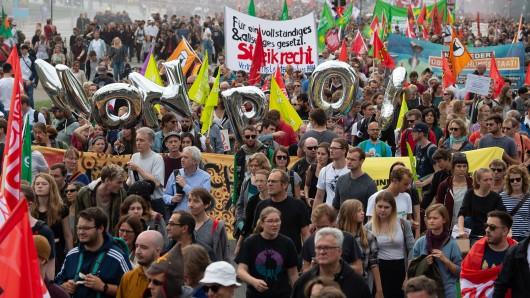 Schon im September hatten Tausende gegen das Gesetz demonstriert (Archivbild).