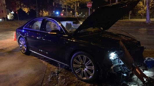 An den Unfallwagen entstand ein Schaden von 100.000 Euro.