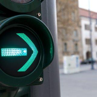 Beide Fahrer behaupteten, grün gehabt zu haben. (Symbolbild)