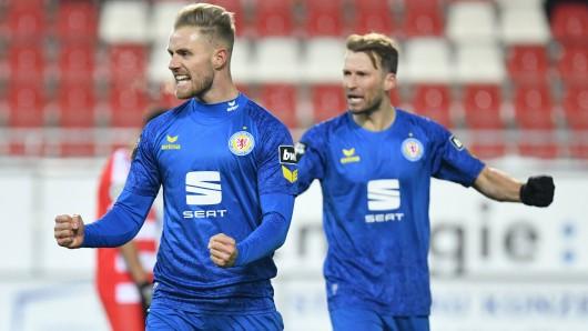 Felix Burmeister  und Marc Pfitzner freuen sich riesig über den Erfolg in Zwickau.
