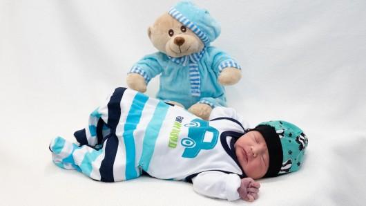 Der kleine Hendrik Elias ist eines von vielen Babys, die im März auf die Welt kamen.