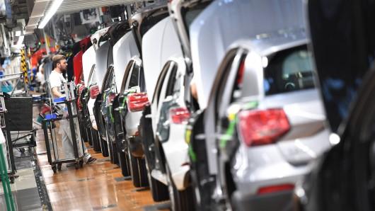 Audi stoppt Nachtschicht im Stammwerk Ingolstadt. Hunderte Mitarbeiter sind betroffen. (Archivbild)