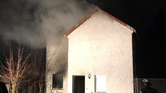 Am frühen Donnerstagmorgen hat es in dem Haus in Celle gebrannt.