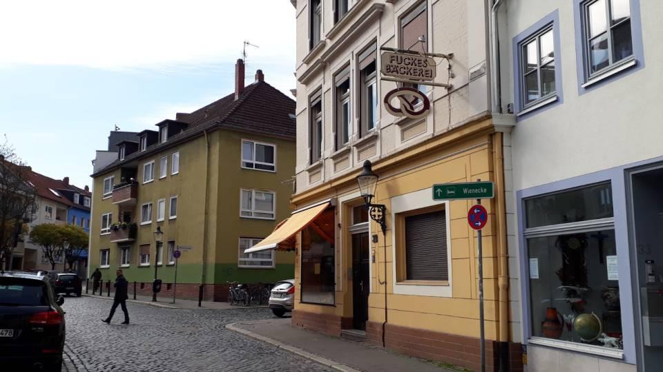 Dieser Traditionsbäcker In Braunschweig Schließt Nach 60 Jahren
