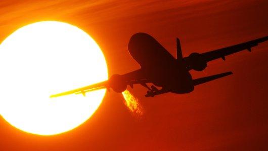 Der Flughafen Hannover hat neue Reiseziele angekündigt und seinen 24-Stunden-Betrieb eingetütet. (Symbolbild)