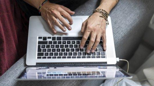 Die Verbraucherzentrale warnt vor E-Mails mit Drohungen oder Erpressungen. (Symbolfoto)