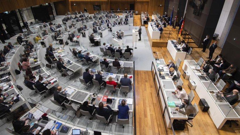 Corona-in-Niedersachsen-Landtag-bespricht-weiteres-Vorgehen