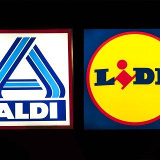 Aldi und Lidl: Hinter einigen Eigenmarken stecken namhafte Hersteller. (Symbolbild)