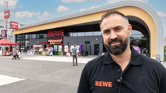 Rewe-Marktleiter Mehmet Kaysal freut sich auf die neue Aufgabe und die neuen Kunden in Salzgitter.
