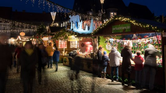 Niedersachsen erlässt eine neue Corona-Verordnung: Diese regeln gelten für Weihnachtsmärkte! (Archivbild aus Goslar)