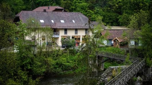 In dieser eigentlich idyllischen Pension in Passau wurden drei Leichen gefunden.