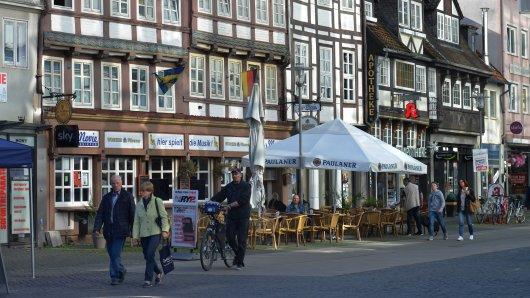 Normalerweise ist in den Fußgängerzonen in Braunschweig und Umgebung immer viel los. Doch in diesen Tagen ist es trostlos. Auch ein Horror für vor allem lokale Unternehmen. Wie du die Unternehmen dennoch unterstützen kannst, liest du hier. (Archivbild)
