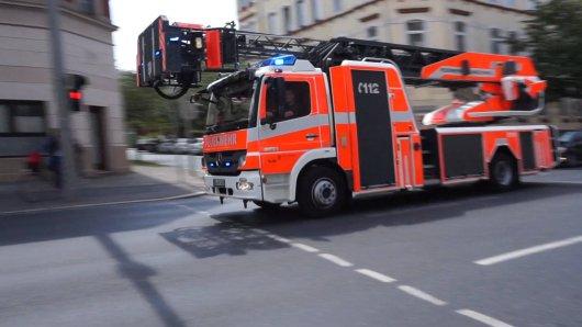 Großeinsatz für die Feuerwehr in Göttingen! Es gab ein Feuer in einem Fachwerkhaus in der Innenstadt. (Symbolbild)