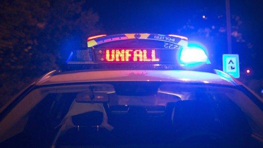 Im Kreis Wolfenbüttel hat es am Montagabend einen tödlichen Unfall gegeben. (Symbolbild)
