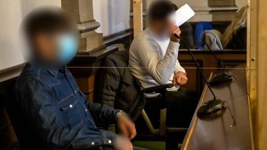 Zwei Männer werden wegen Zwangsprostitution der jungen Frau, die von anderen in der Weser ertränkt worden sein soll, angeklagt.