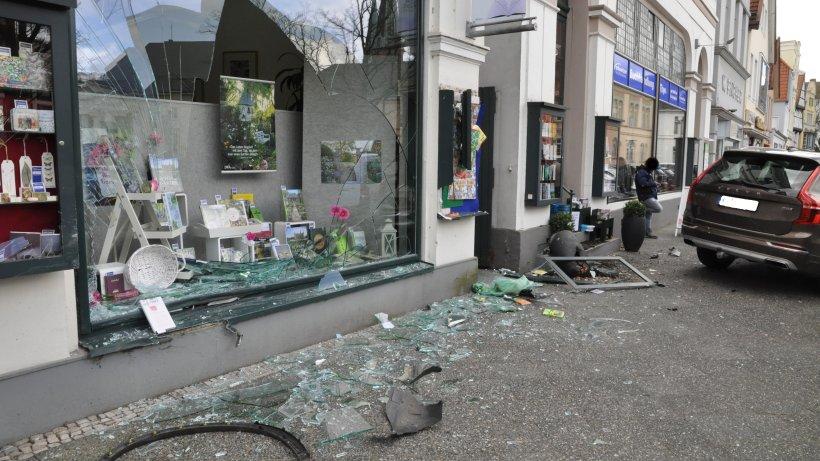 Niedersachsen-Autofahrer-will-einparken-dann-kommt-es-zu-heftigen-Szenen