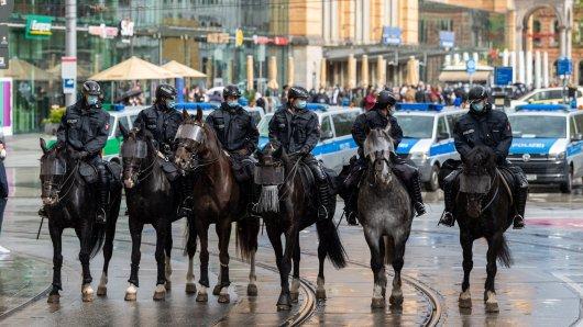 Die Polizei Hannover hatte eine Menge zu tun am Samstag.
