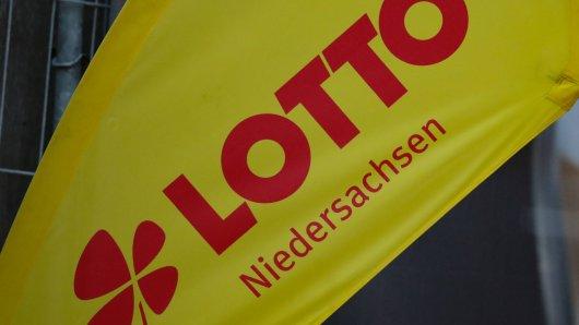 Ein Lotto-Spieler aus Niedersachsen durfte sich über eine enorme Gewinnsumme freuen. (Archivbild)