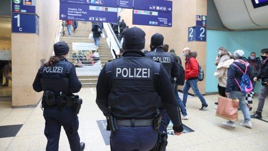 Polizeieinsatz am Hauptbahnhof Hannover. (Symbolbild)