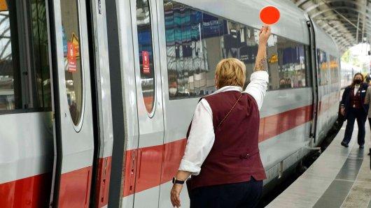 Deutsche Bahn: Frau will sich auf ihren Sitzplatz setzen und macht traurigen Fund. (Symbolbild)