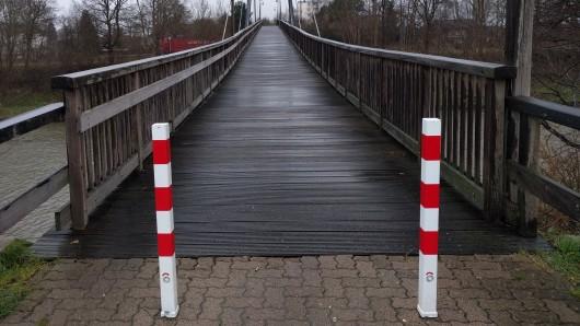 Die Hertha-Peters-Brücke in Peine.