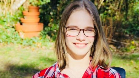 Lotte, 16, aus Edemissen hat es nicht einfach - aber jetzt einen Grund zur Freude!
