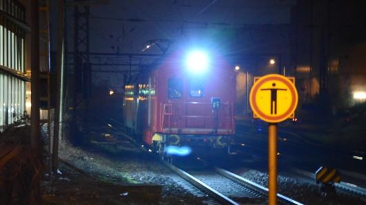 Ein Güterzug ist am Mittwoch in Peine entgleist. Auch am Abend schränkte er noch den Bahnverkehr ein.