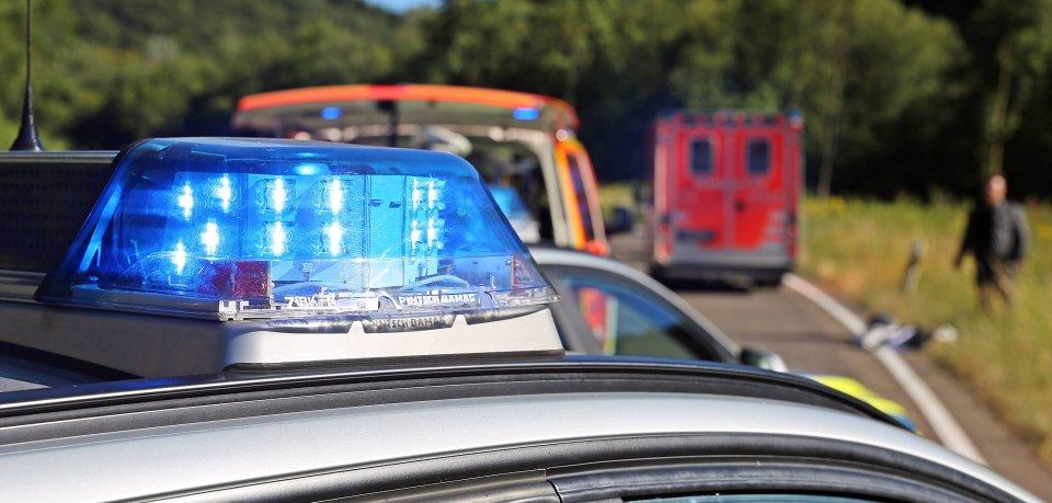 Neben der Freiwilligen Feuerwehr Osterode waren zwei Rettungswagen, ein Notarztwagen und ein Rettungshubschrauber im Einsatz (Symbolbild).