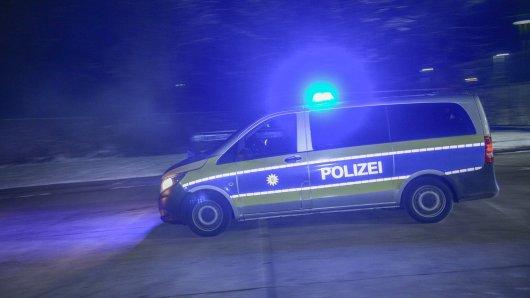 Peine: Die Polizei musste kurzerhand ihre nächtliche Einsatzfahrt unterbrechen. (Symbolbild)
