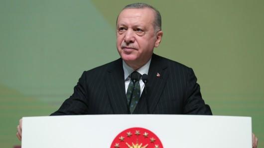 Die Türkei unter Präsident Erdogan in Erklärungsnot: Wie konnten der Menschenschmuggel nach Deutschland passieren?