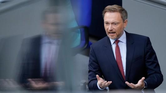 FDP-Chef Christian Lindner nach Merkels letzter Regierungserklärung im Bundestag. Wer wird die Kanzlerin beerben?
