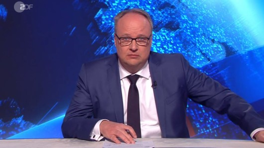 """""""Heute Show""""-Moderator Oliver Welke macht sich Sorgen um die Zeit nach Corona."""